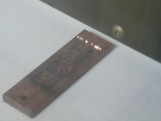 http://www.quick-laser.com/blog/archives/2010/10/07/assets/P1070058.jpg