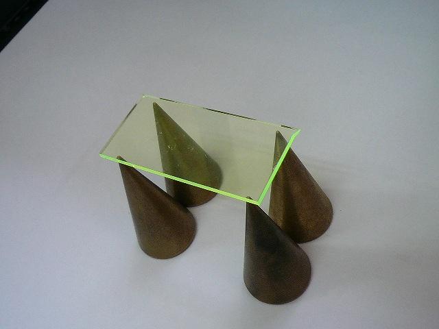 http://www.quick-laser.com/blog/archives/2010/10/08/assets/P1070089.jpg